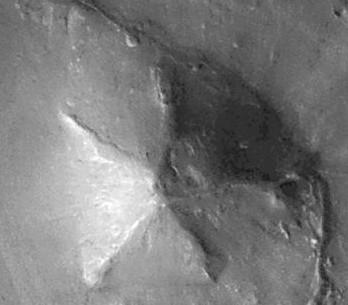 Mars Pyramiden: D&M Pyramide