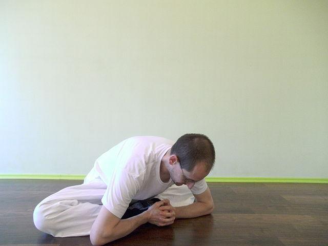 Makko Ho Übung für Herz- und Dünndermmeridian