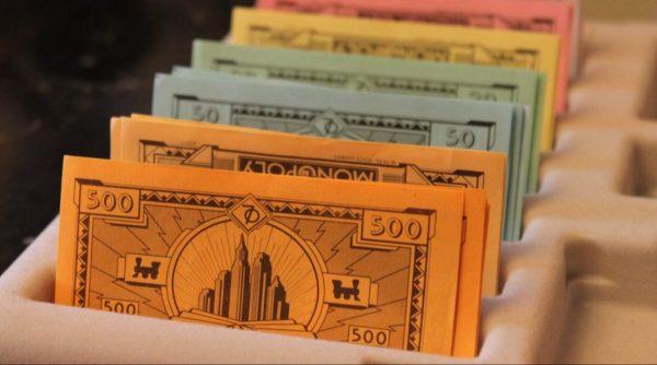 Finanzcasino: Geordnetes Monopoly Geld