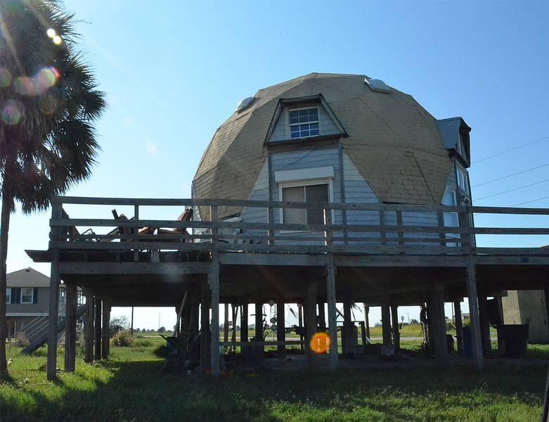 Rundhäuser - Hier: Geodesic Dome House
