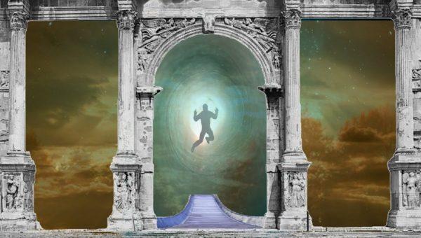 Reinkarnation: Tor und Tunnel ins Jenseits