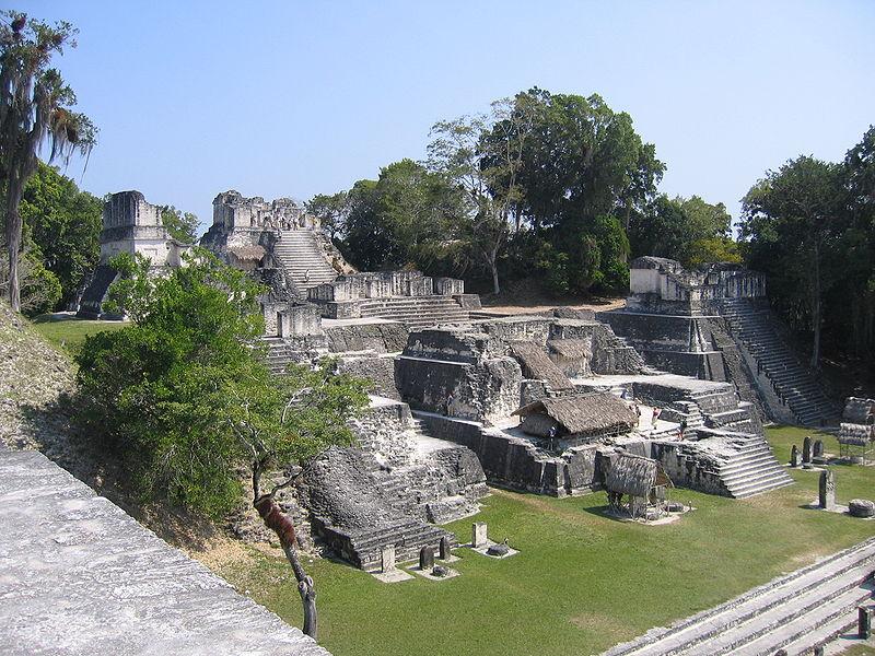 Die Maya Kultur Stadt Tikal
