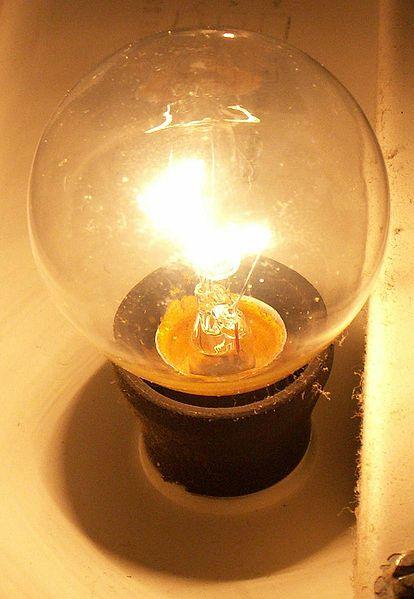 Glühbirne, E27-40W klar von Osram