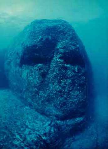 Unterwasser Statue in Yonaguni, Japan