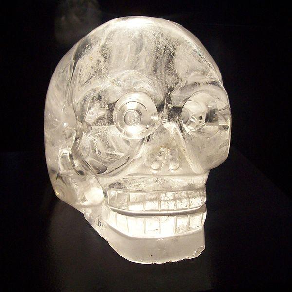 Kristallschädel in Musee du quai Branly, Paris