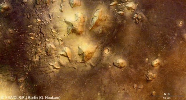 Mars Pyramiden in der Cydonia-Region mit Marsgesicht