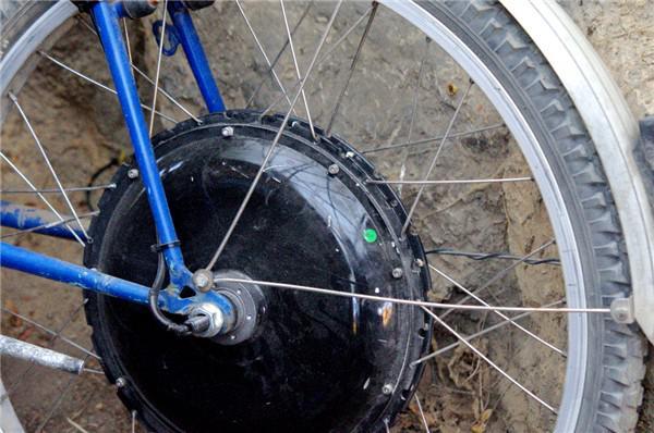 Motor im Hinterrad vom Solar-E-Bike