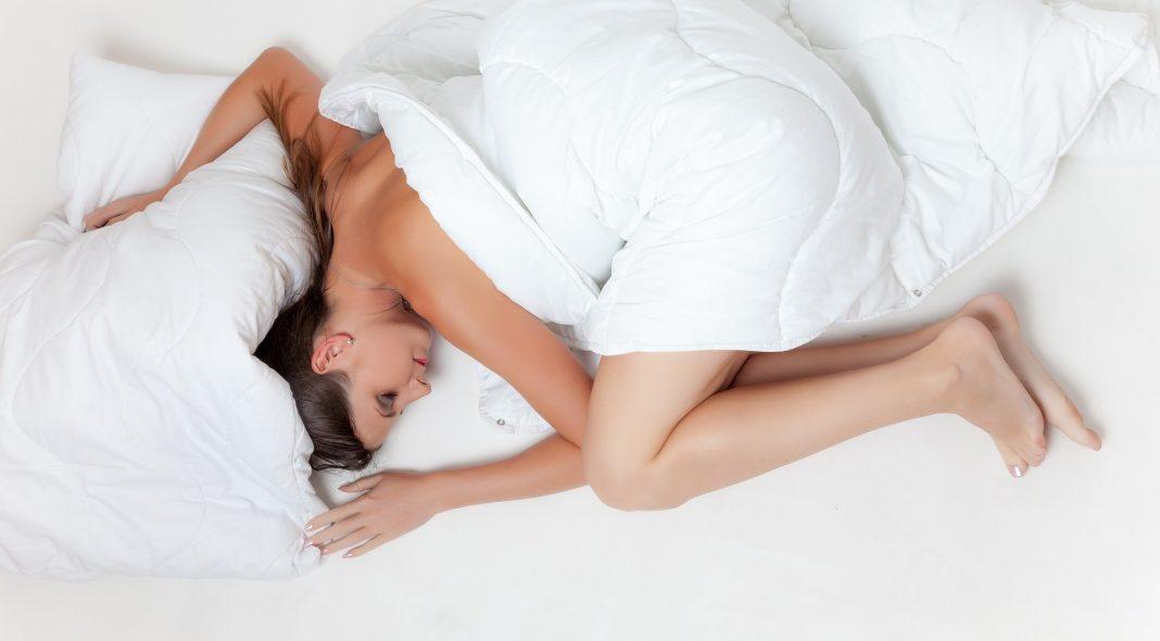 Schlafpositionen Was Verraten Sie Uns über Die Psyche