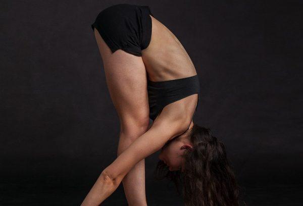 Yoga-Übung Uttanasana