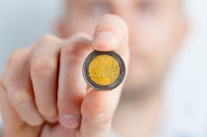 Kredit/Geld von privat zu leihen - das könnte die Zukunft des Kreditmarkts sein.