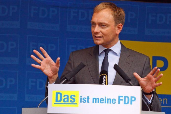 FDP-Politiker Christian Lindner während einer Wahlkampfveranstaltung in Münster, April 2012