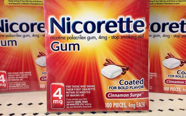 Nikotinkaugummi der Marke Nicorette zur Nikotinentwöhnung