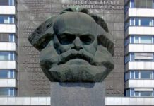 karl-marx-ensemble-1396080_1920.jpg