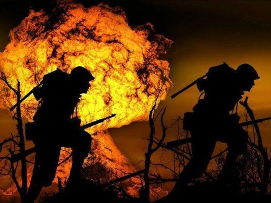 Explosion, Krieg, Soldaten